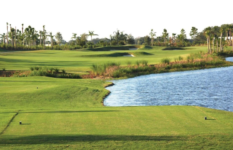 River Strand Golf and Country Club