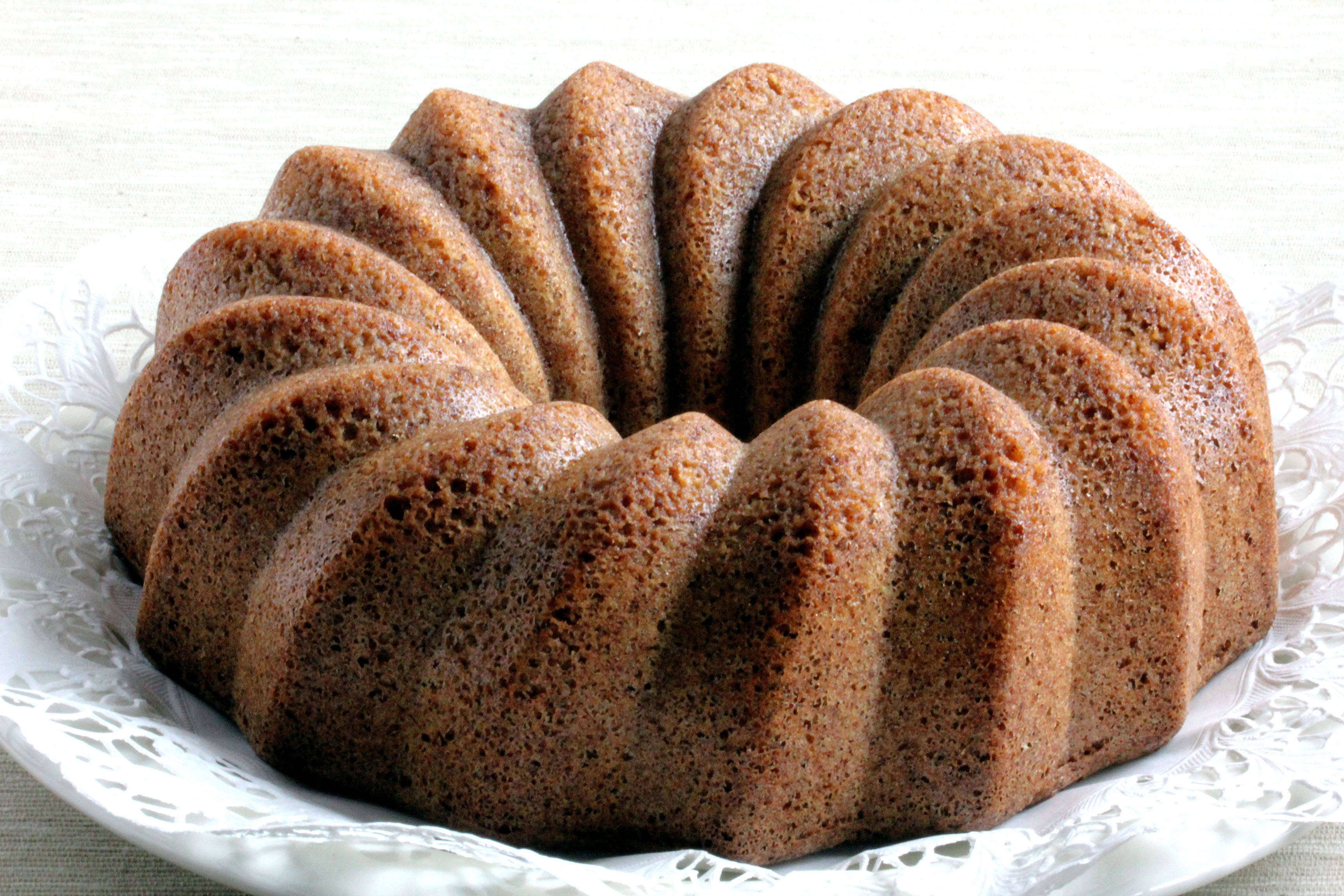 Low Carb Bundt Cake Recipes: BRING AN IRISH WHISKEY CAKE TO YOUR ST PATTYS DAY PARTY