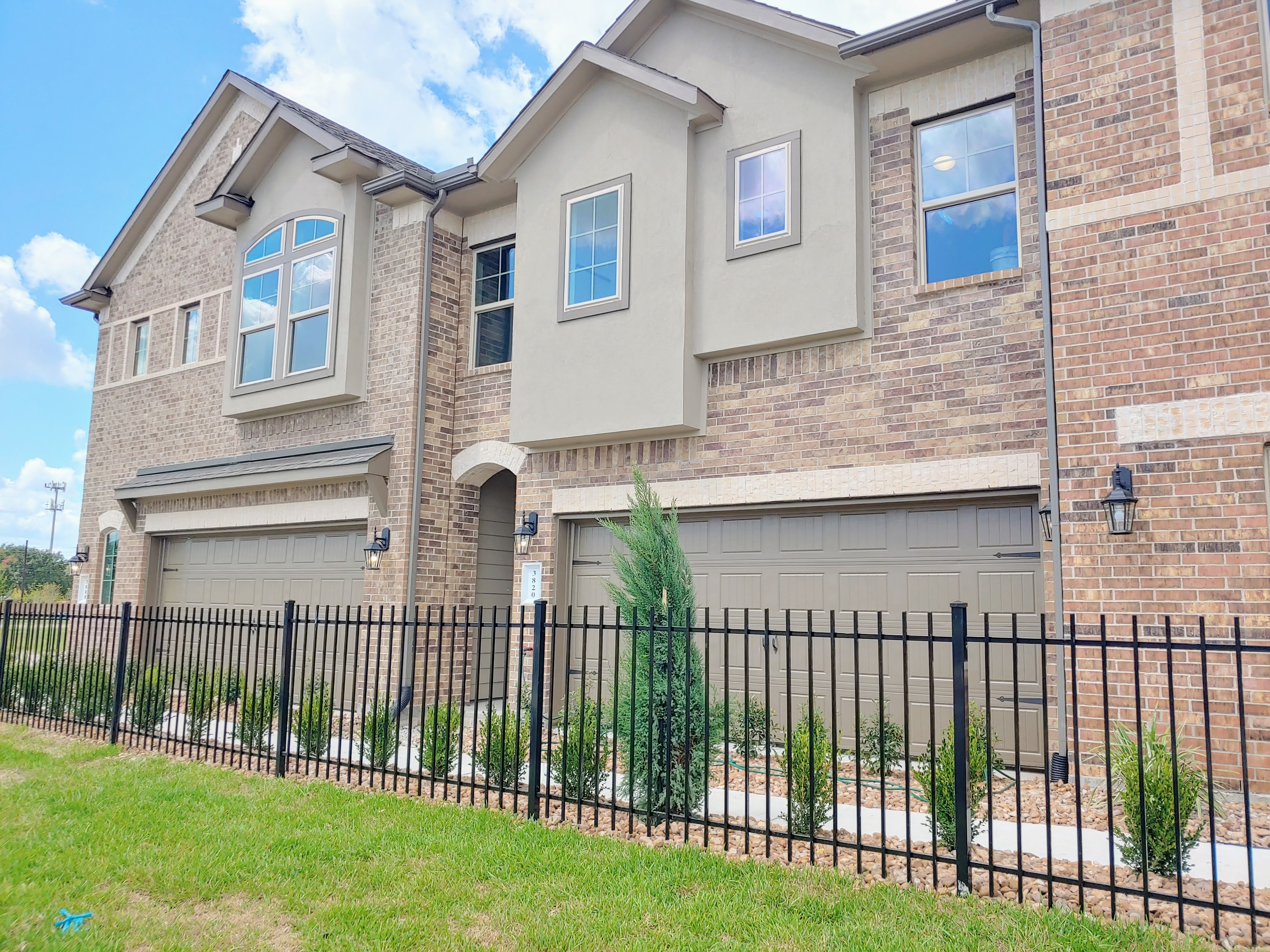 Pearland Townhomes James Potenza