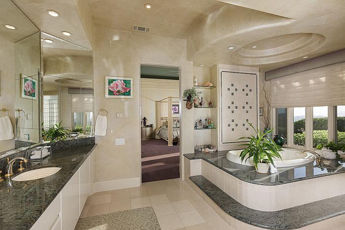 6 Bedroom Home on Acreage | Temecula Luxury Homes 36 Miles To Carlsbad