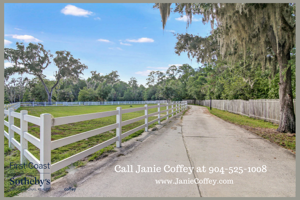 St. Augustine FL horse farm for sale- Own your dream property in this St. Augustine horse farm.