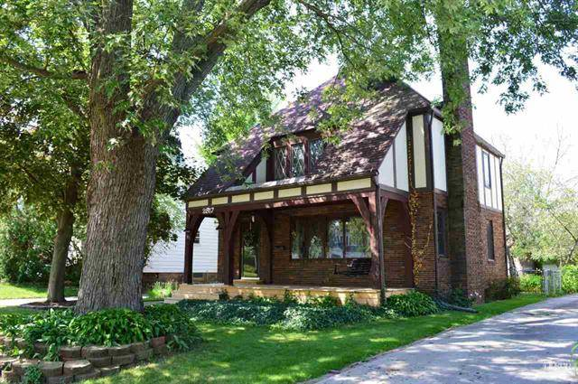 Tudor style homes for sale in Fort Wayne