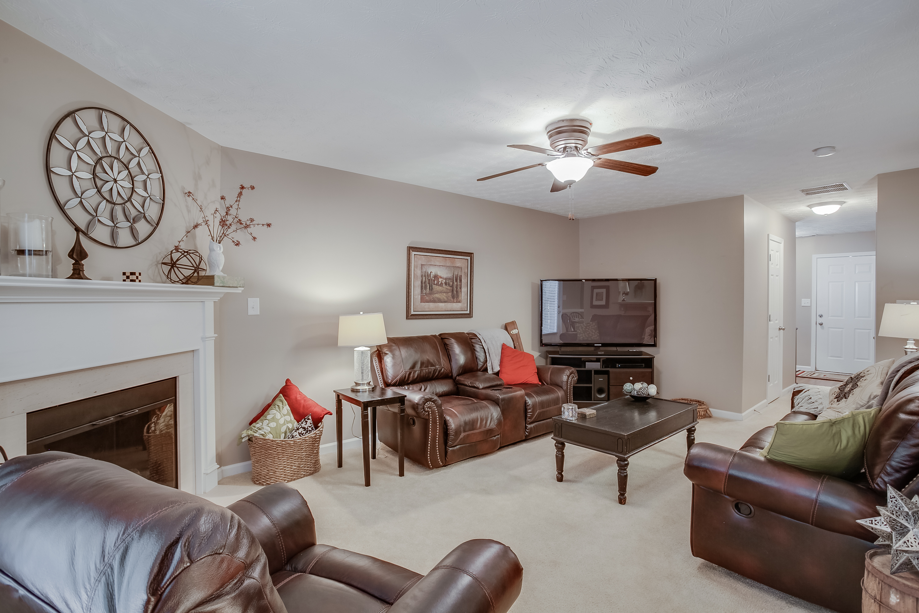 Wide Angle Real Estate Photos