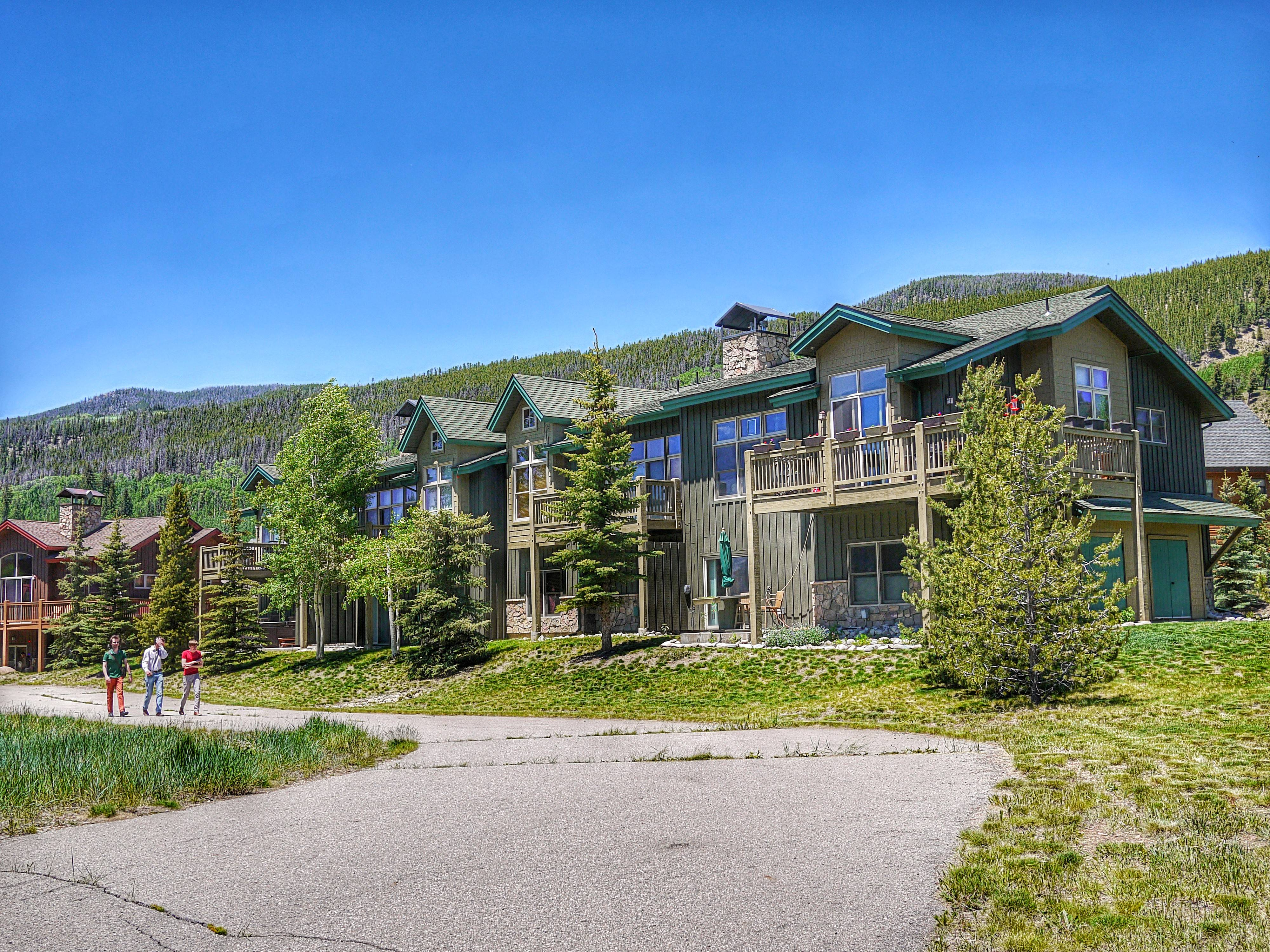 Campfire mountain homes for sale keystone colorado for Mountain home builders colorado