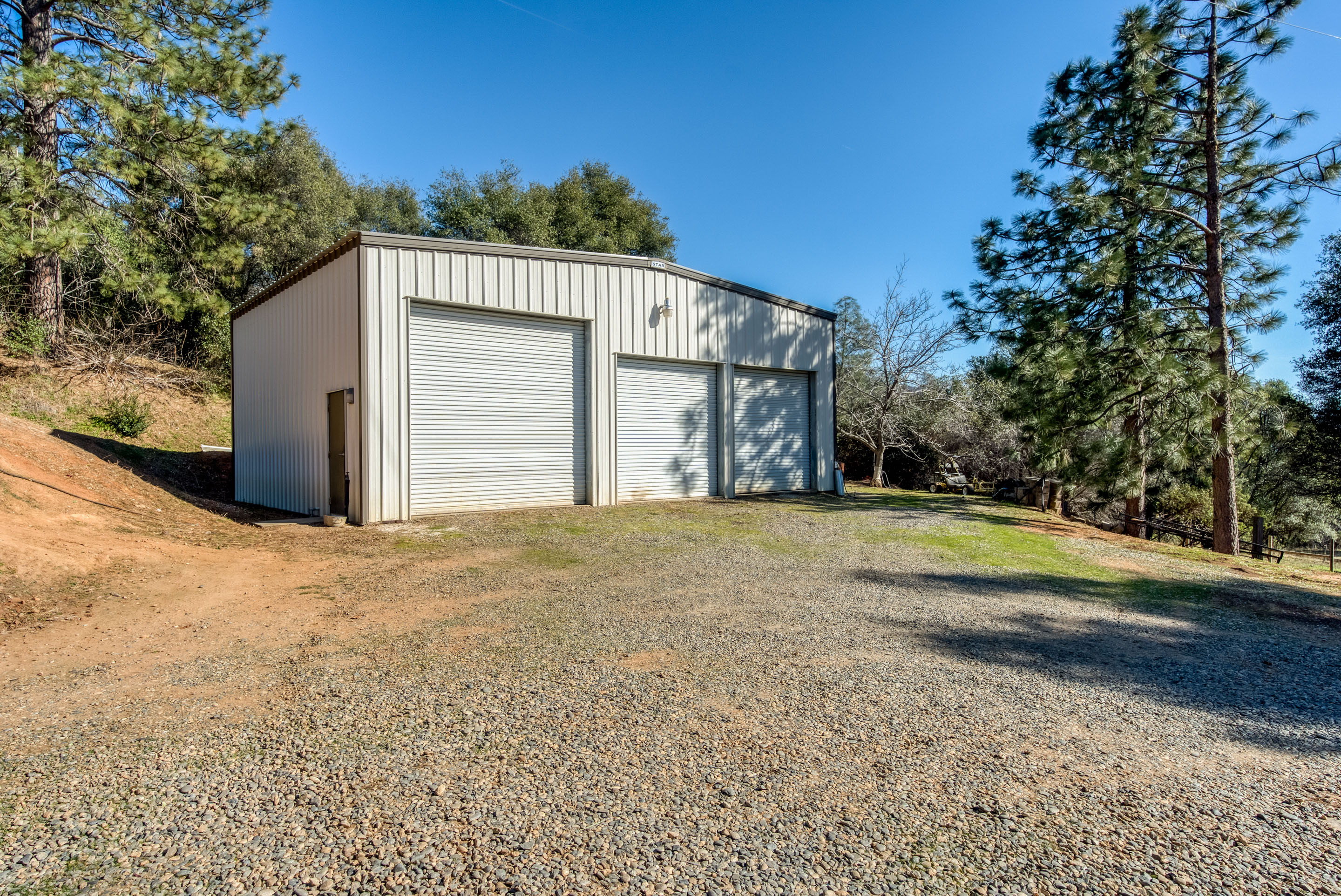 Home with Shop 2 Acres for Sale by Cascadel Woods North Fork, CA. 93643