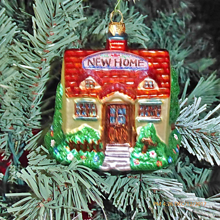 What Kind Of Christmas Tree Ornament Does A Home Inspec