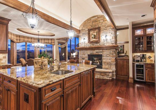 Luxury home - kitchen