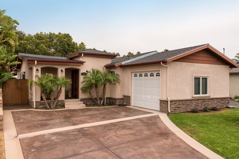 Carlsbad Village home in 92008 sold for $895K