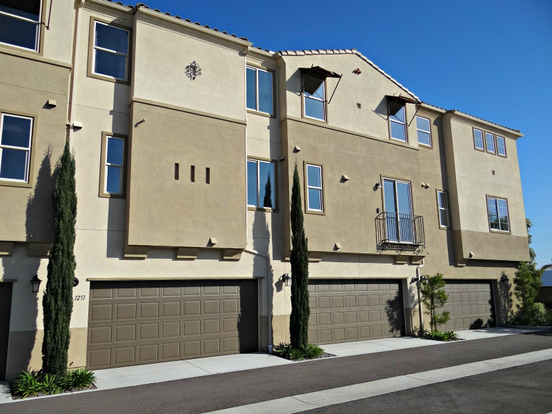 Townhomes in the Lucero community at Pacific Ridge in Oceanside
