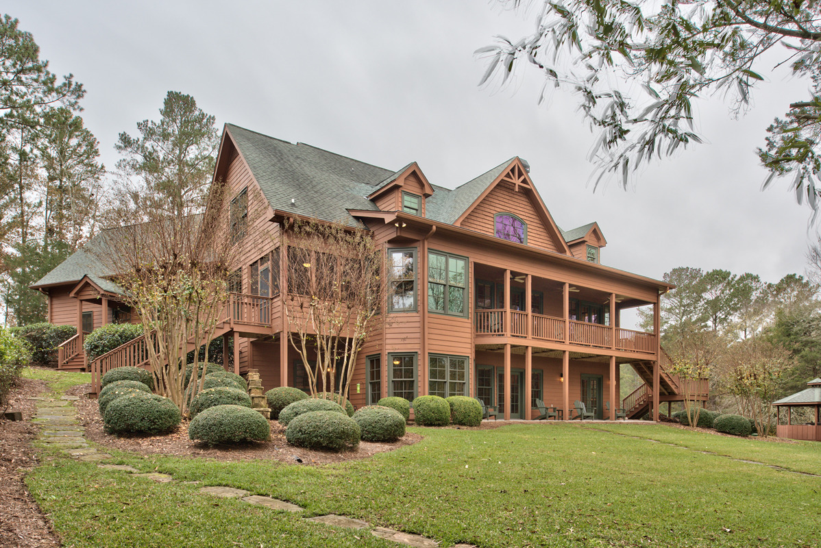 Lake Oconee lake house sold