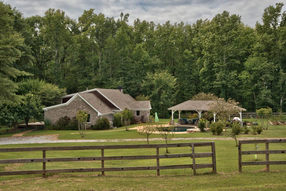 Madison GA farm for sale: Pasture, Pond, ranch home