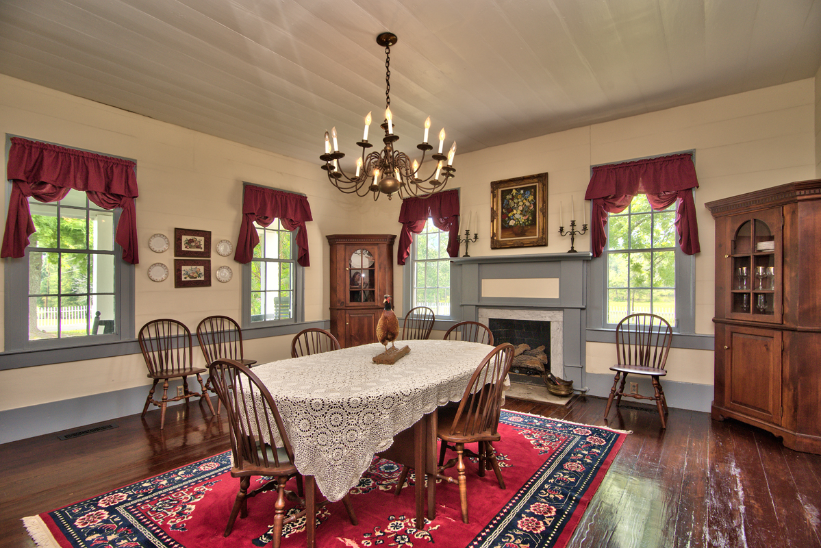 C. 1840 home dining room