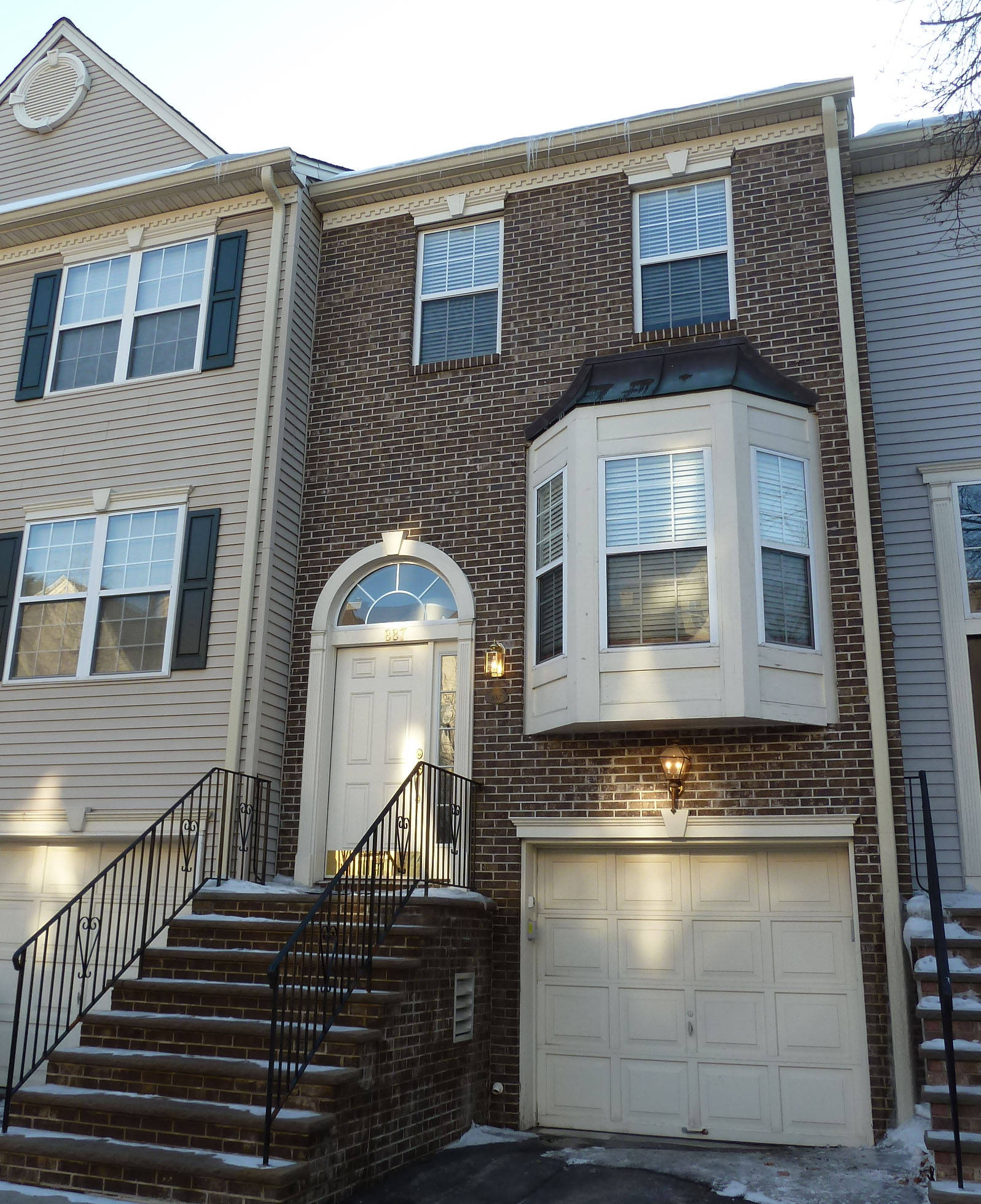 cambridge heights townhouse in ramsey just sold by jean bow window pictures bow window pictures pin pinterest
