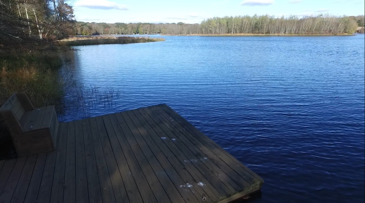 Lakefront Locust Lake Village vacation home