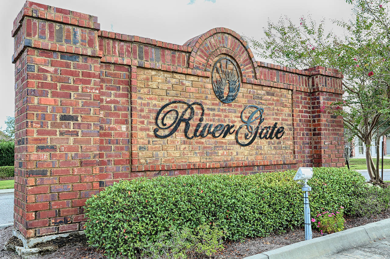 Dutchtown rivergate real estate listings for The rivergate