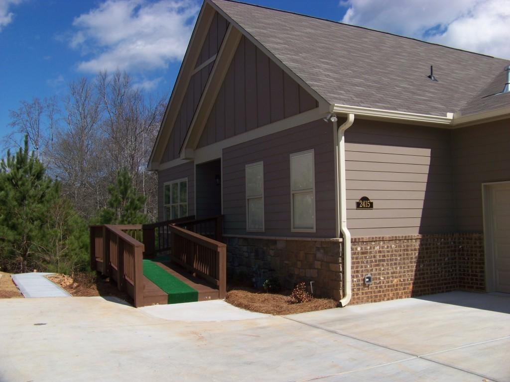 Home for Sale in Arbor Ridge at Marietta 30064
