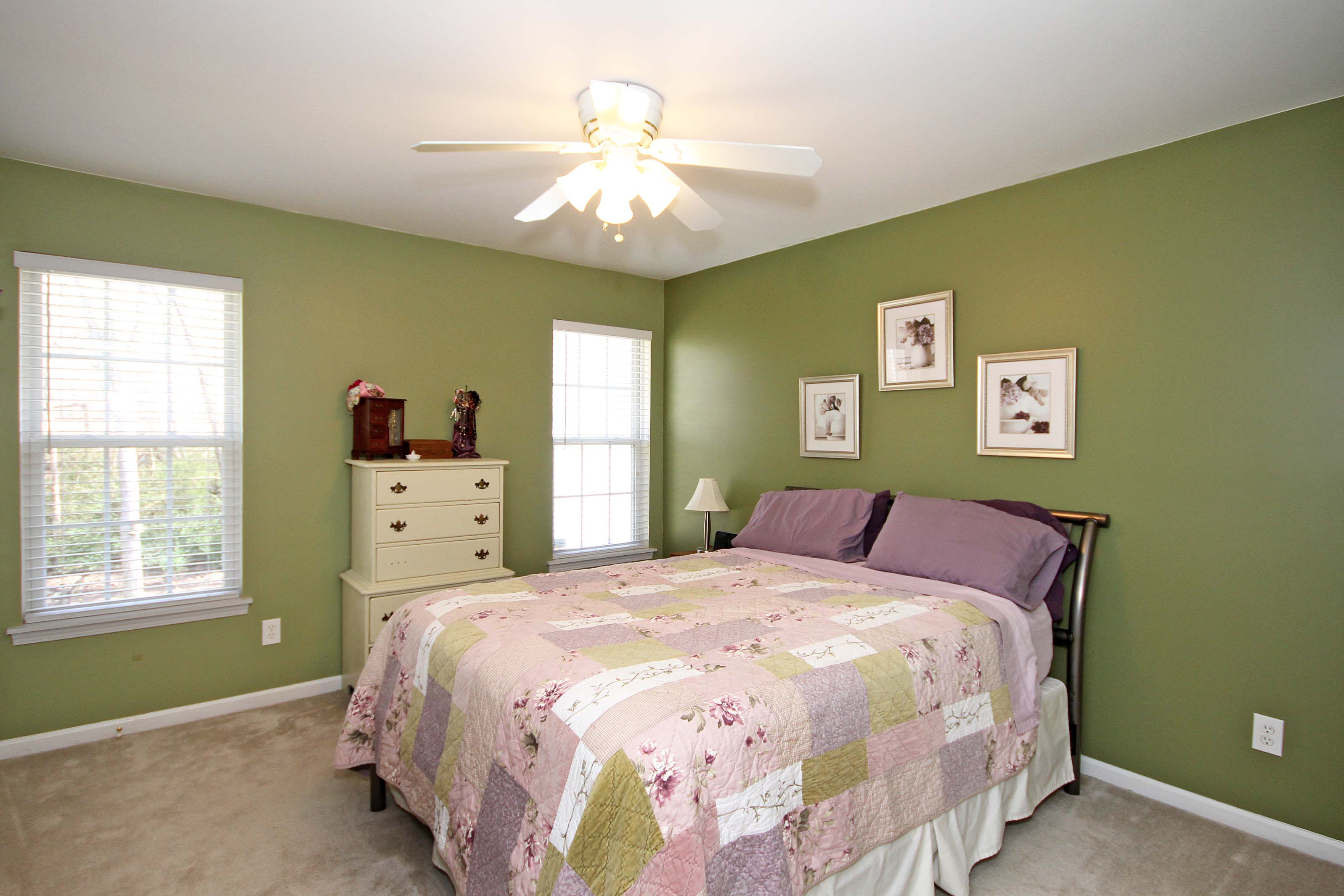 Cute 3 Bedroom, 2 bath ranch for sale in historic downtown Mount Holly