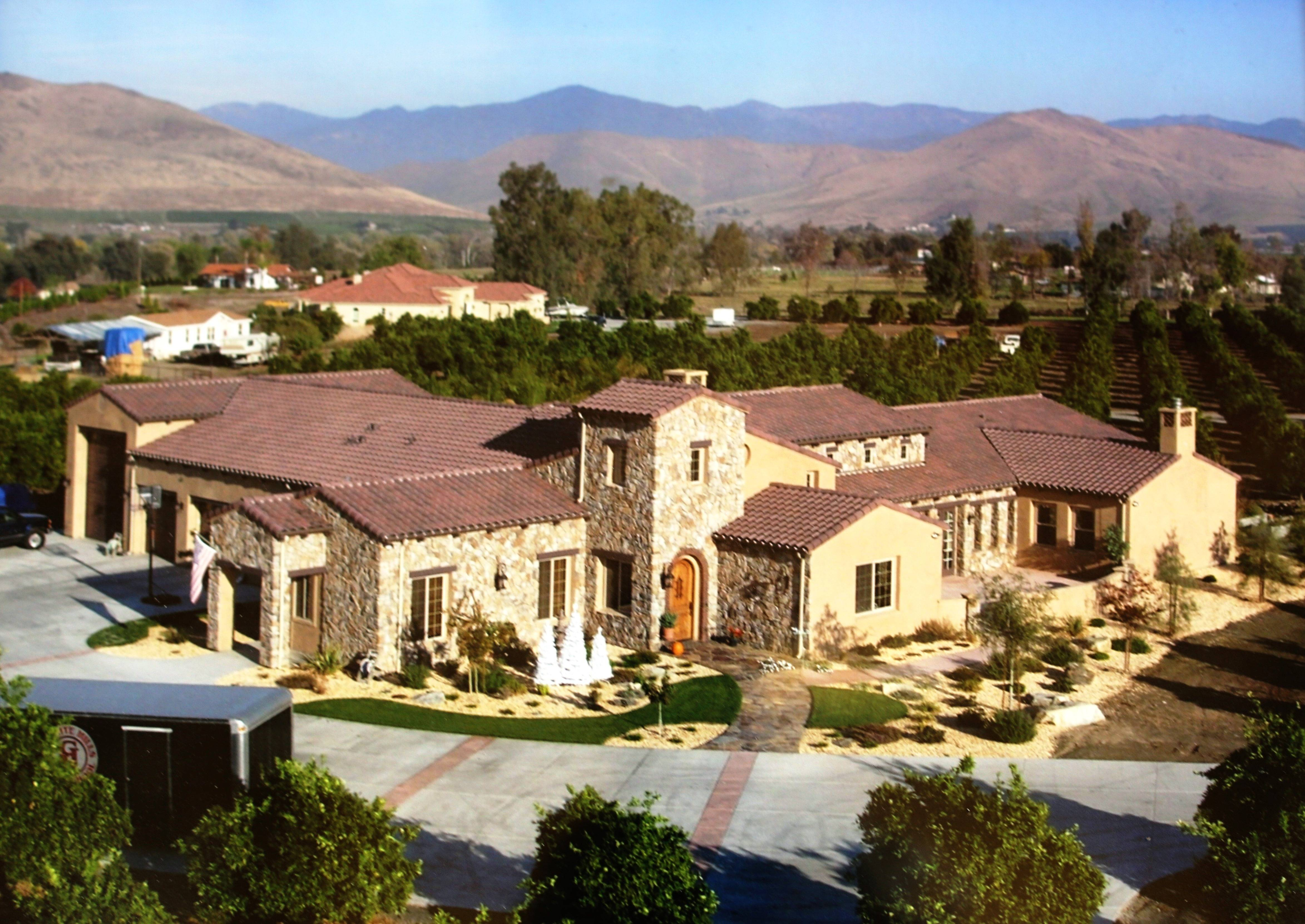 Tuscan Estate in the California Central Valley - Hillen Properties