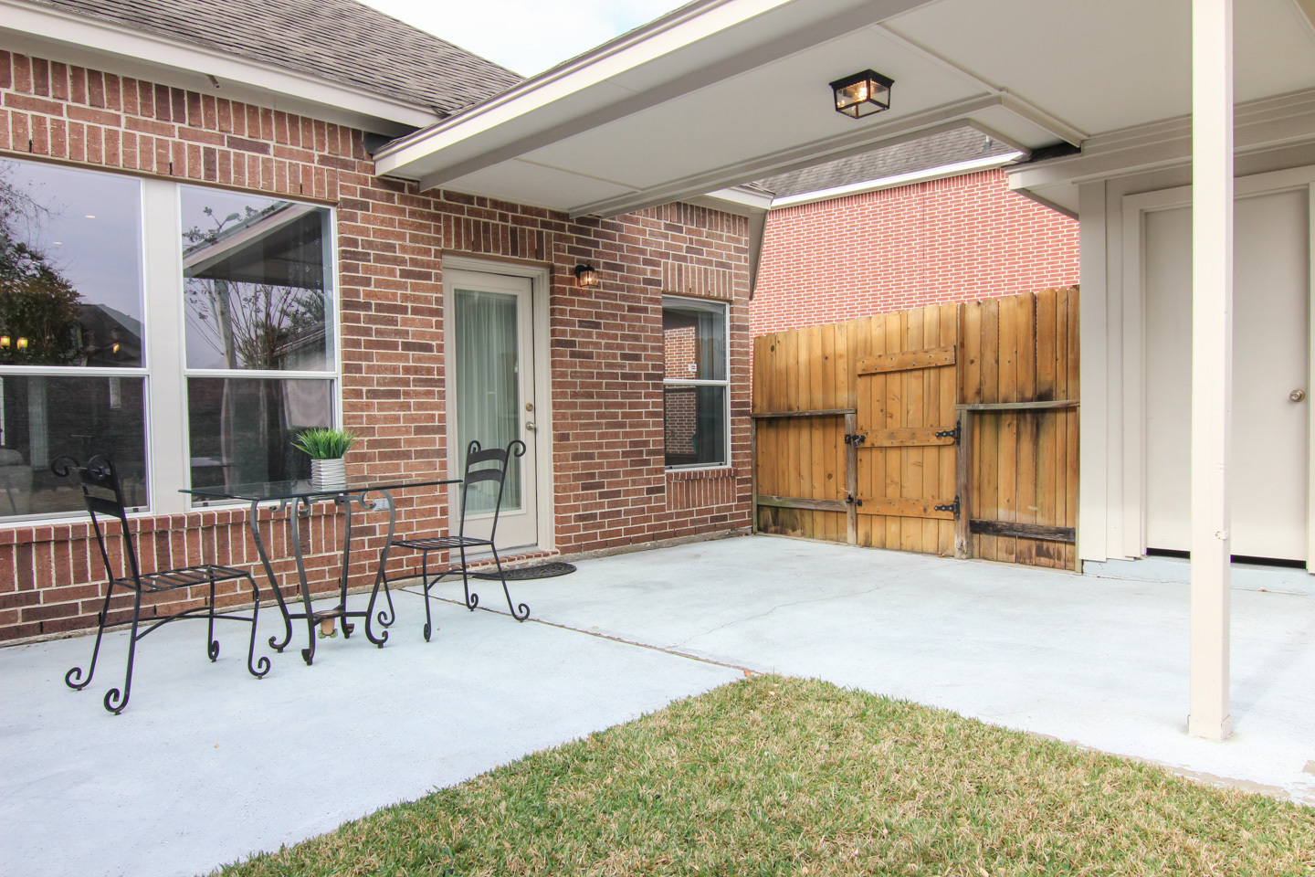 Patio and Breezway