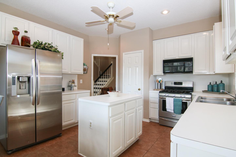 Open House! 2914 Julie Ann Dr., Pearland,TX - $220,000