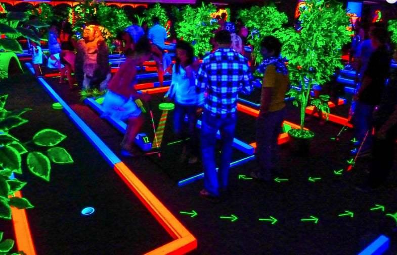 Glow Putt Scottsdale