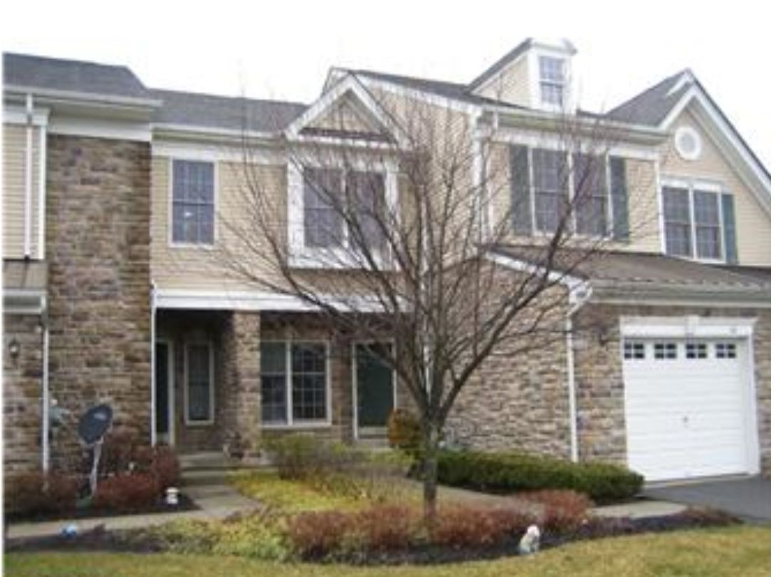 Townhouses in Estates at Princeton Junction NJ
