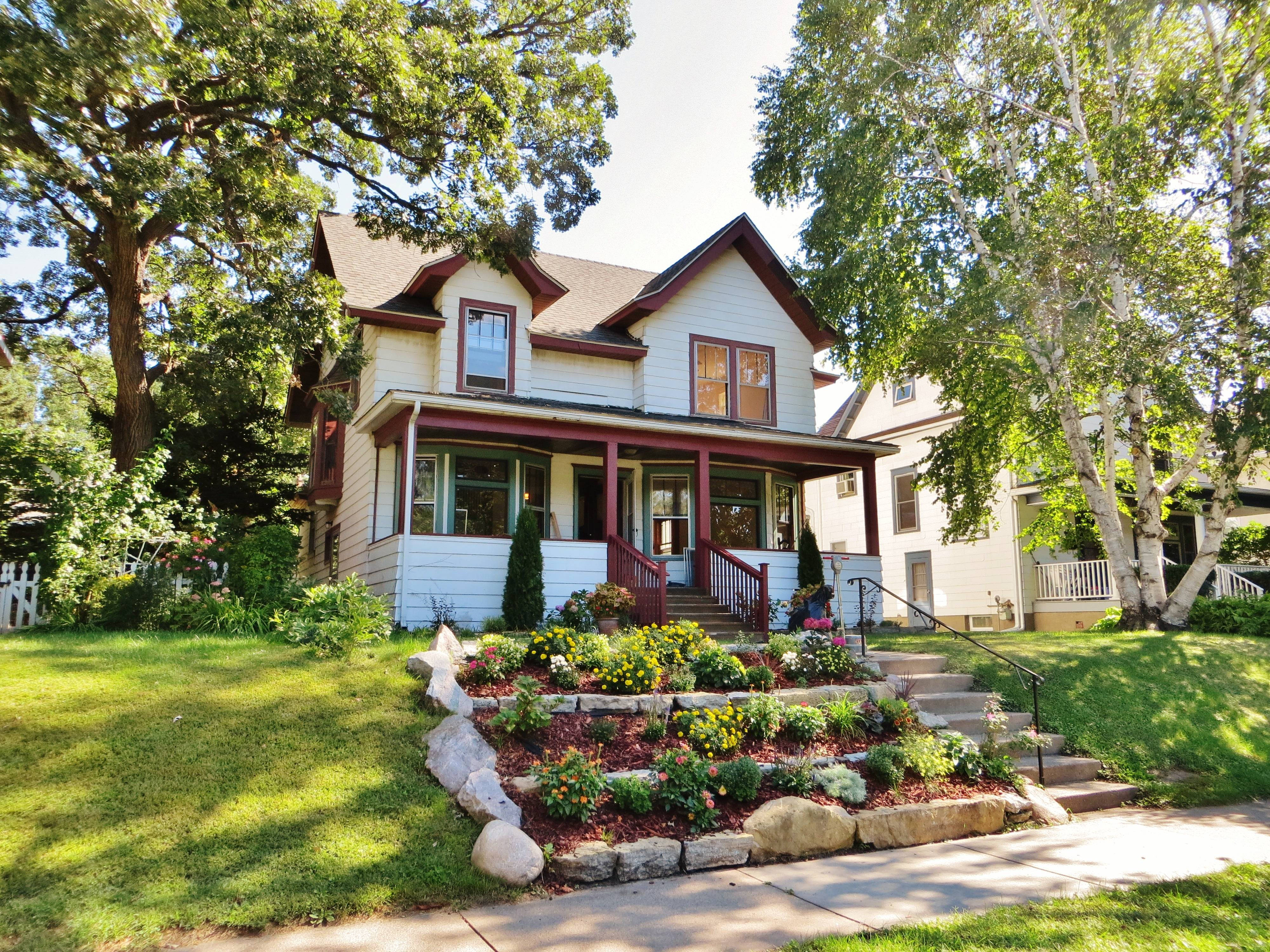 Charming Victorian home in St Paul for sale
