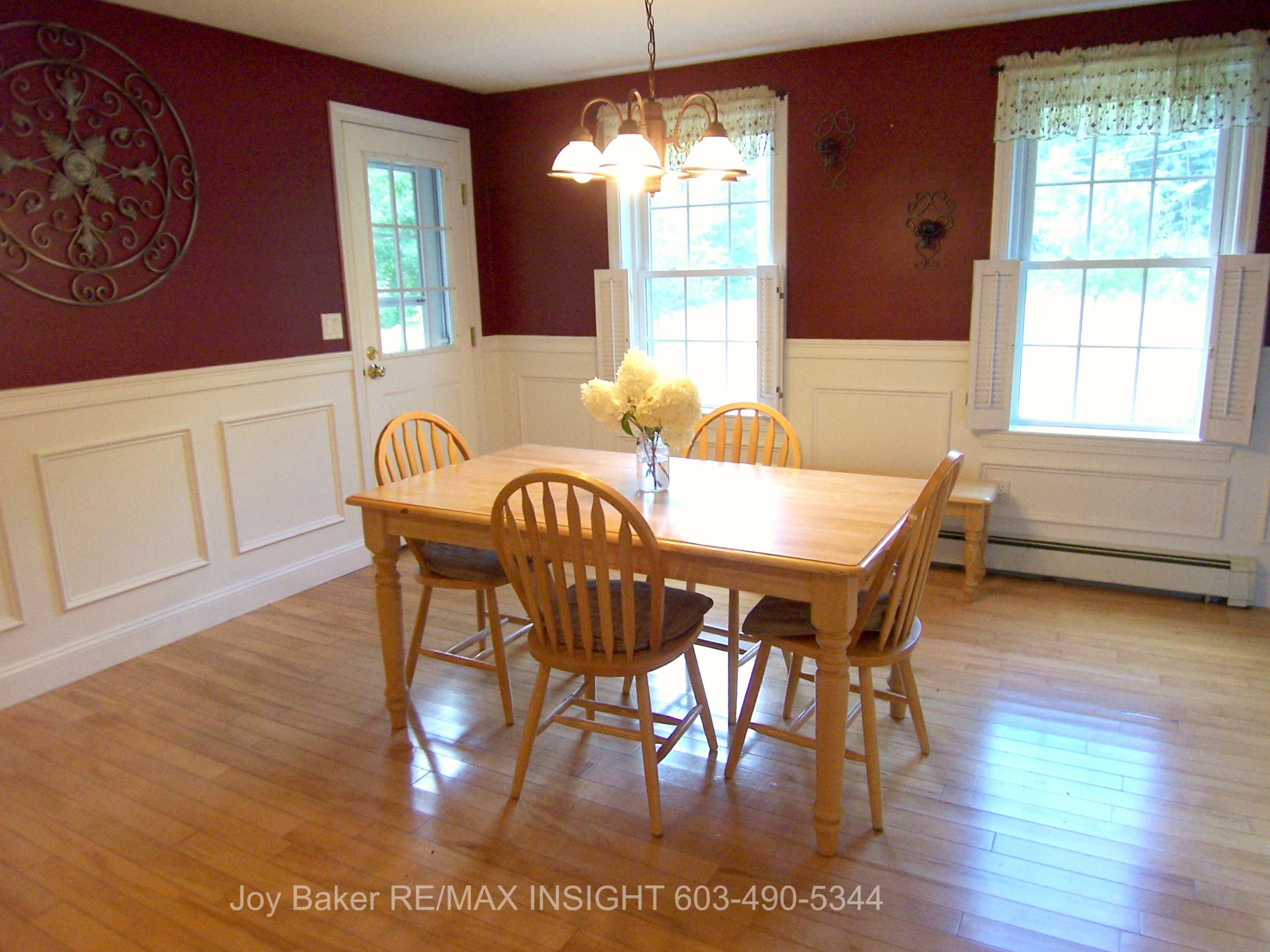 10 Shelly Dr Derry NH 03038 Southern Real Estate For Sale Dining Room