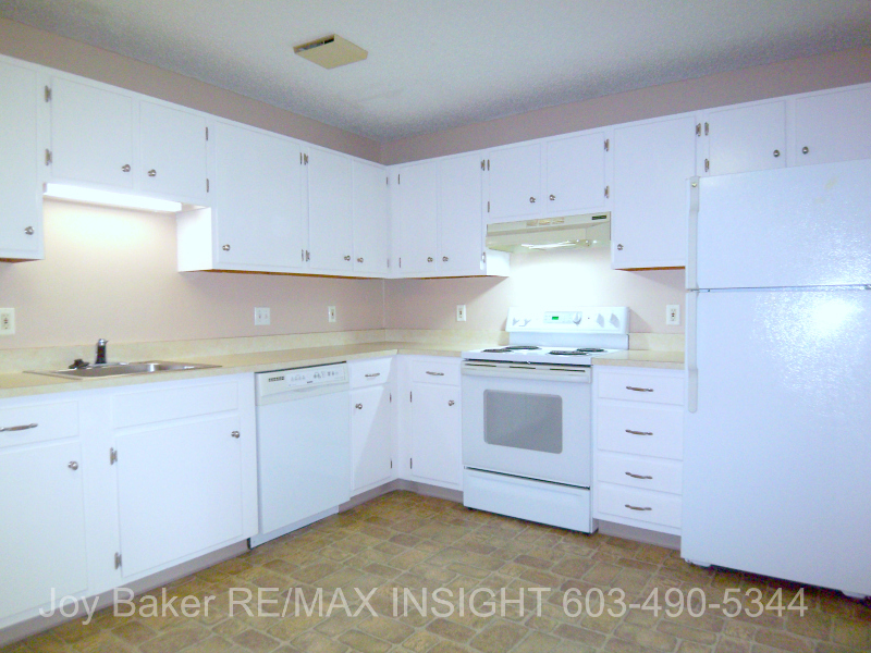 Sweet 1 BR Deluxe At Popular Oak Brook In Manchester NH