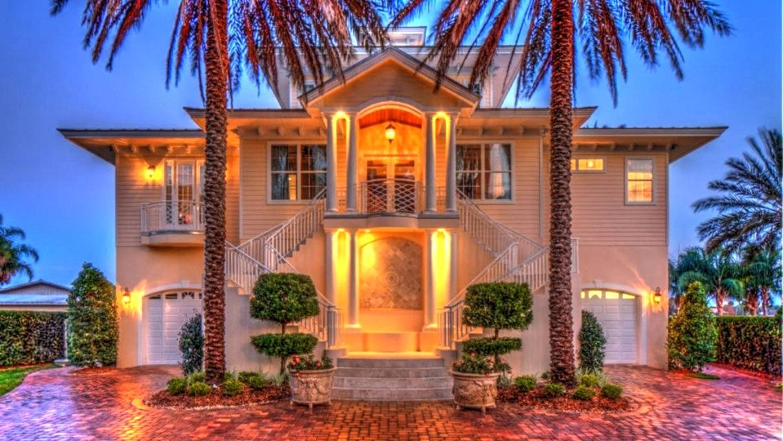 Riverfront Home on St Johns River