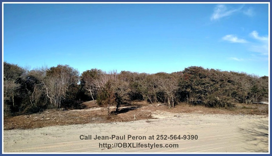 You and your loved ones will be unable to ignore the sheer beauty of the seascape that can be admired from this Outer Banks NC lot for sale.