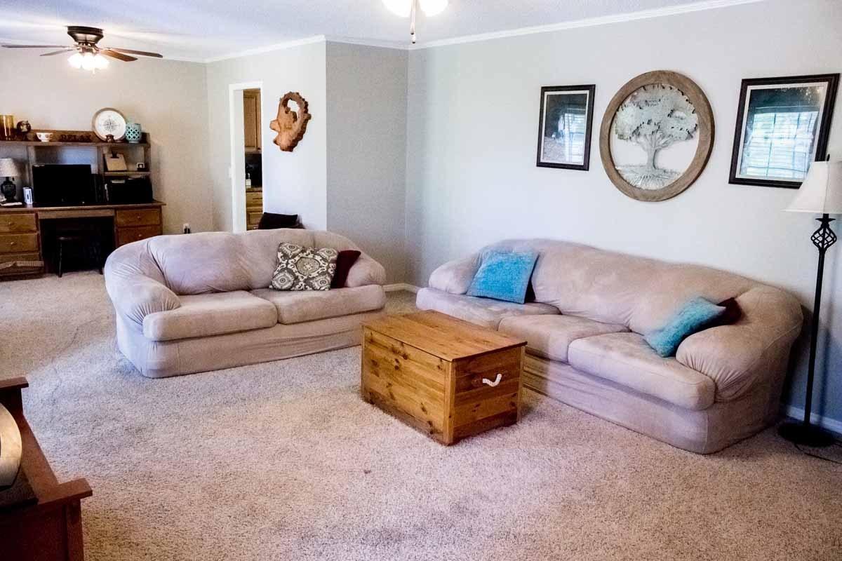 408 SE Adams St, Idabel OK Home For Sale 4 bed 3 bath Call Judi Barrett 580-212-5946