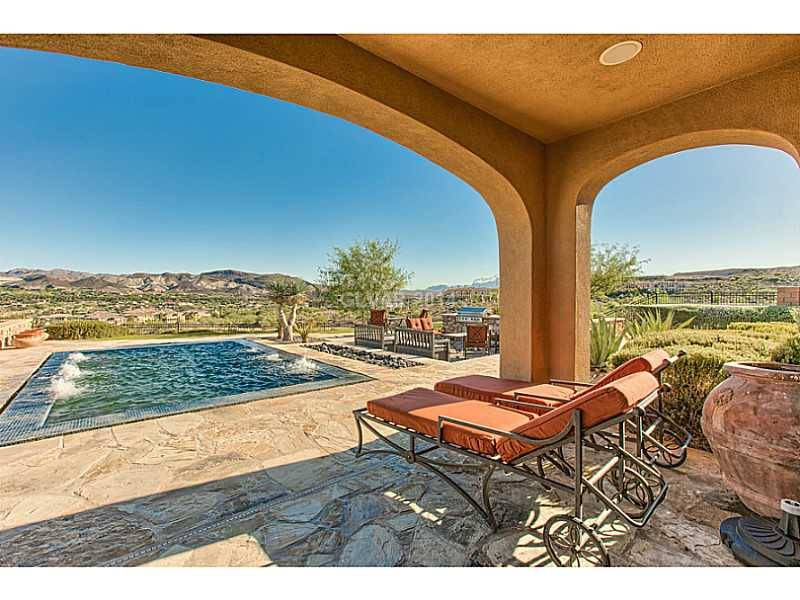 Fantabulous Buy On A Lake Las Vegas Luxury Home