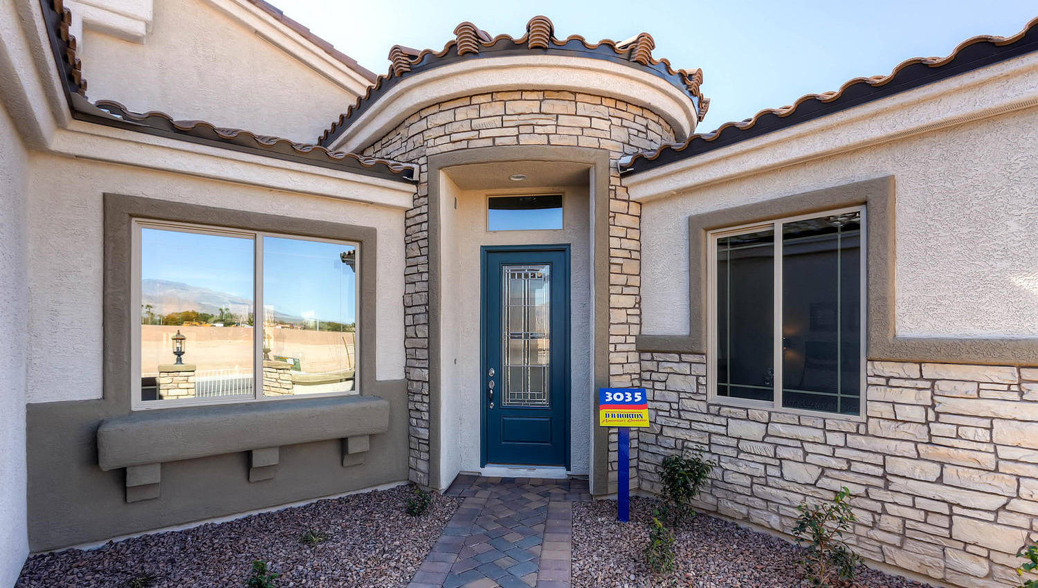 new las vegas single story homes on large lots