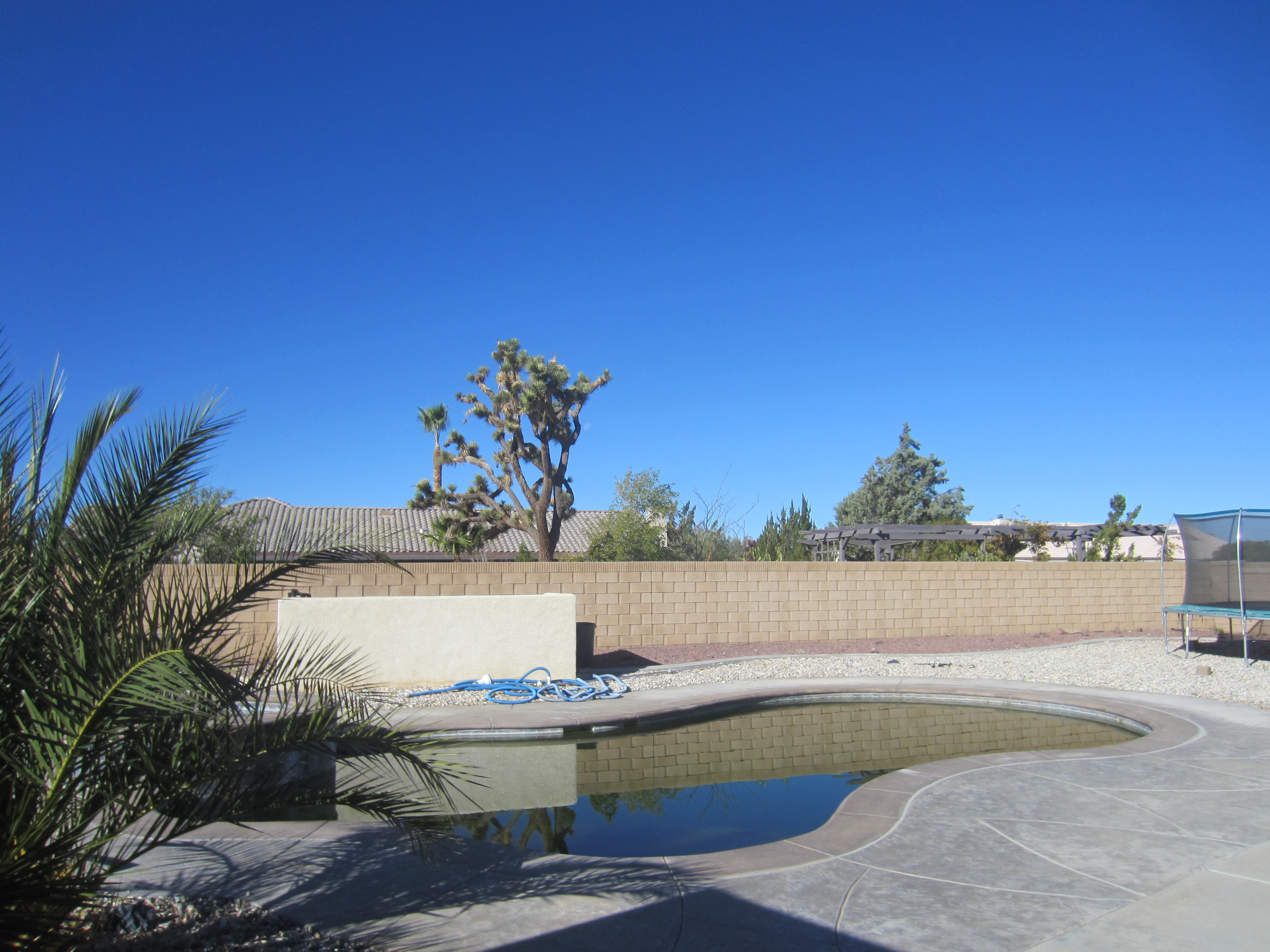Skyline ranch pool home for sale apple valley ca - Swimming pool contractors apple valley ca ...