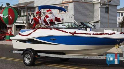 LBI Christmas Parade 2015 in Ship Bottom