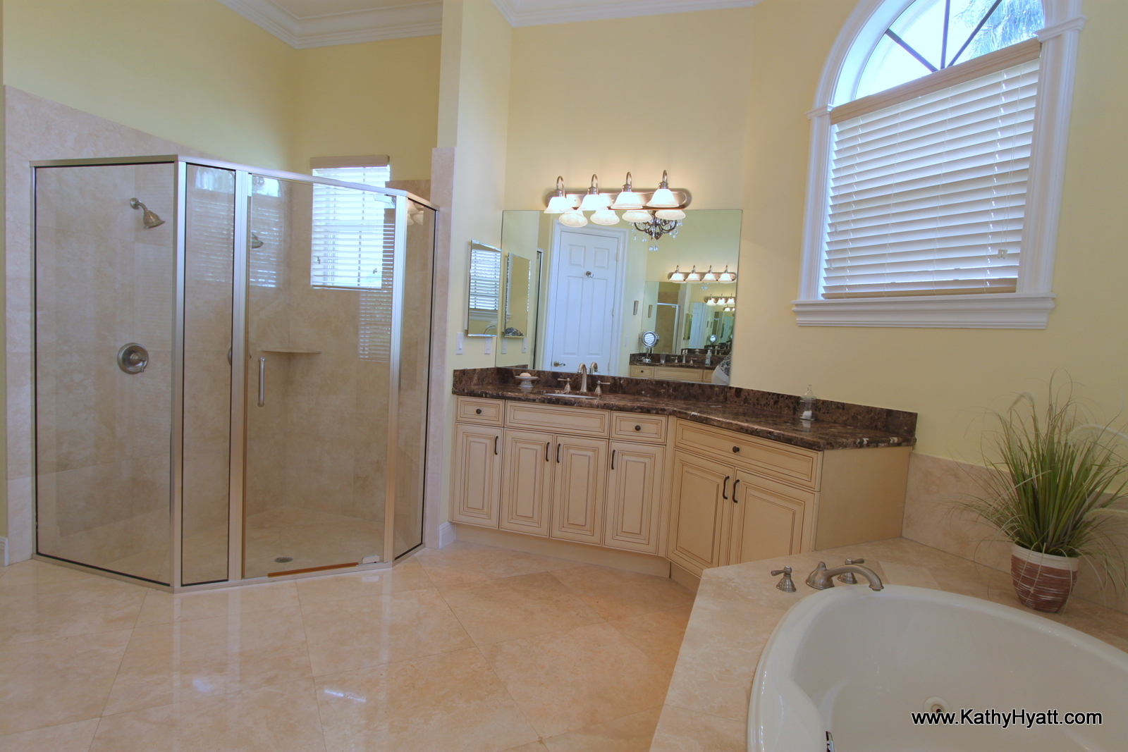 doors for bedrooms 11460 n w 21 court plantation fl 33323 11460