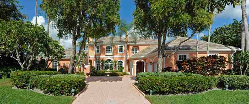 Homes In Palm Beach Polo And Country Club In Wellington