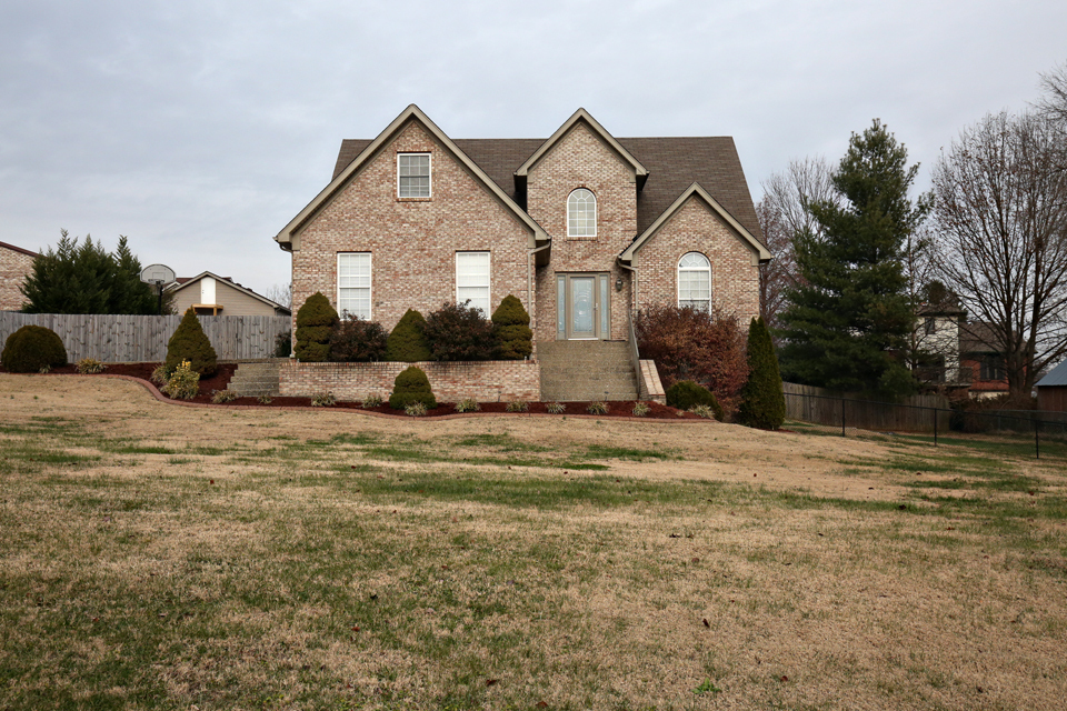 546 Zinnia Way Shepherdsville, KY 40165
