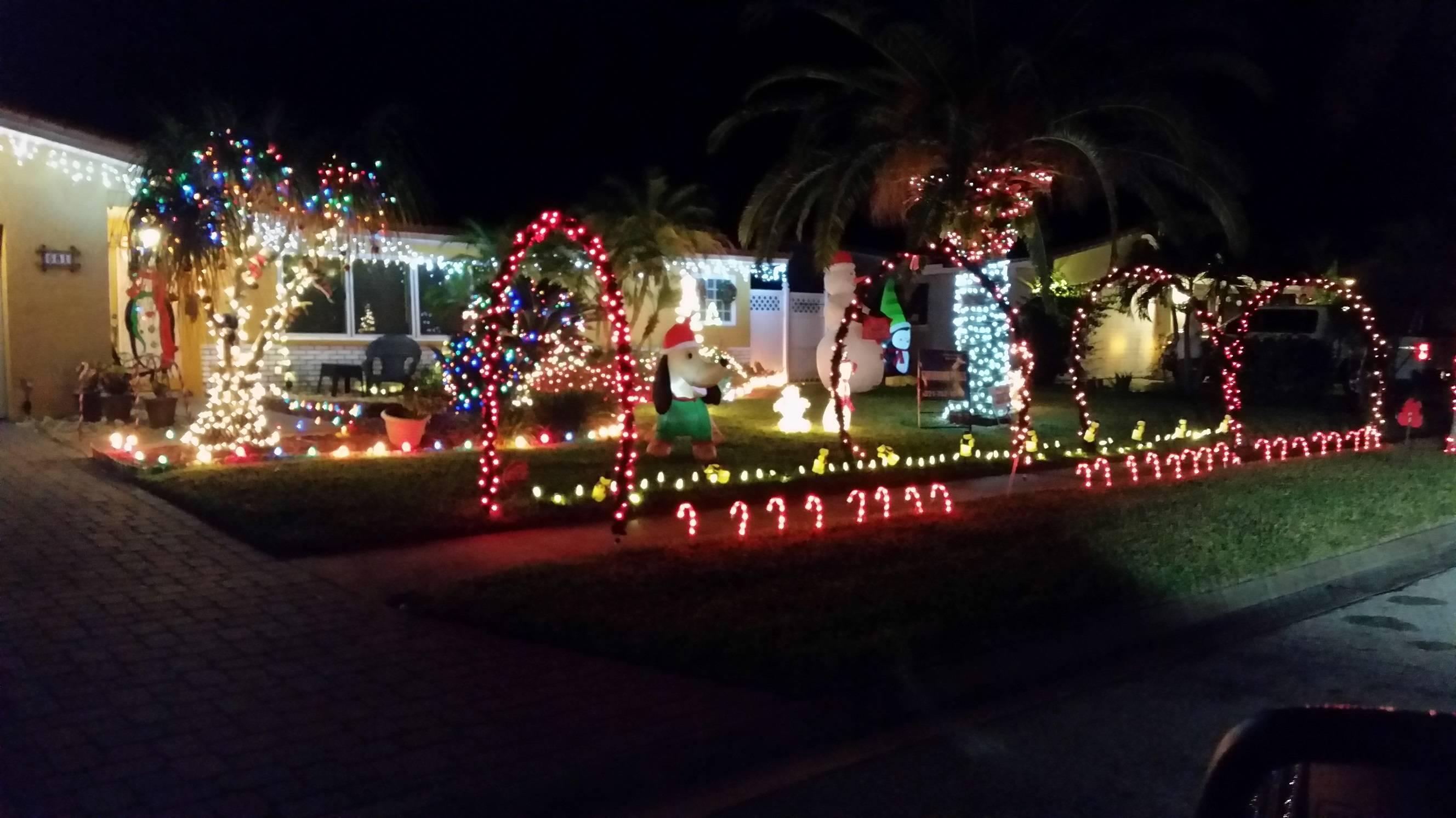 christmas lights display in satellite beach