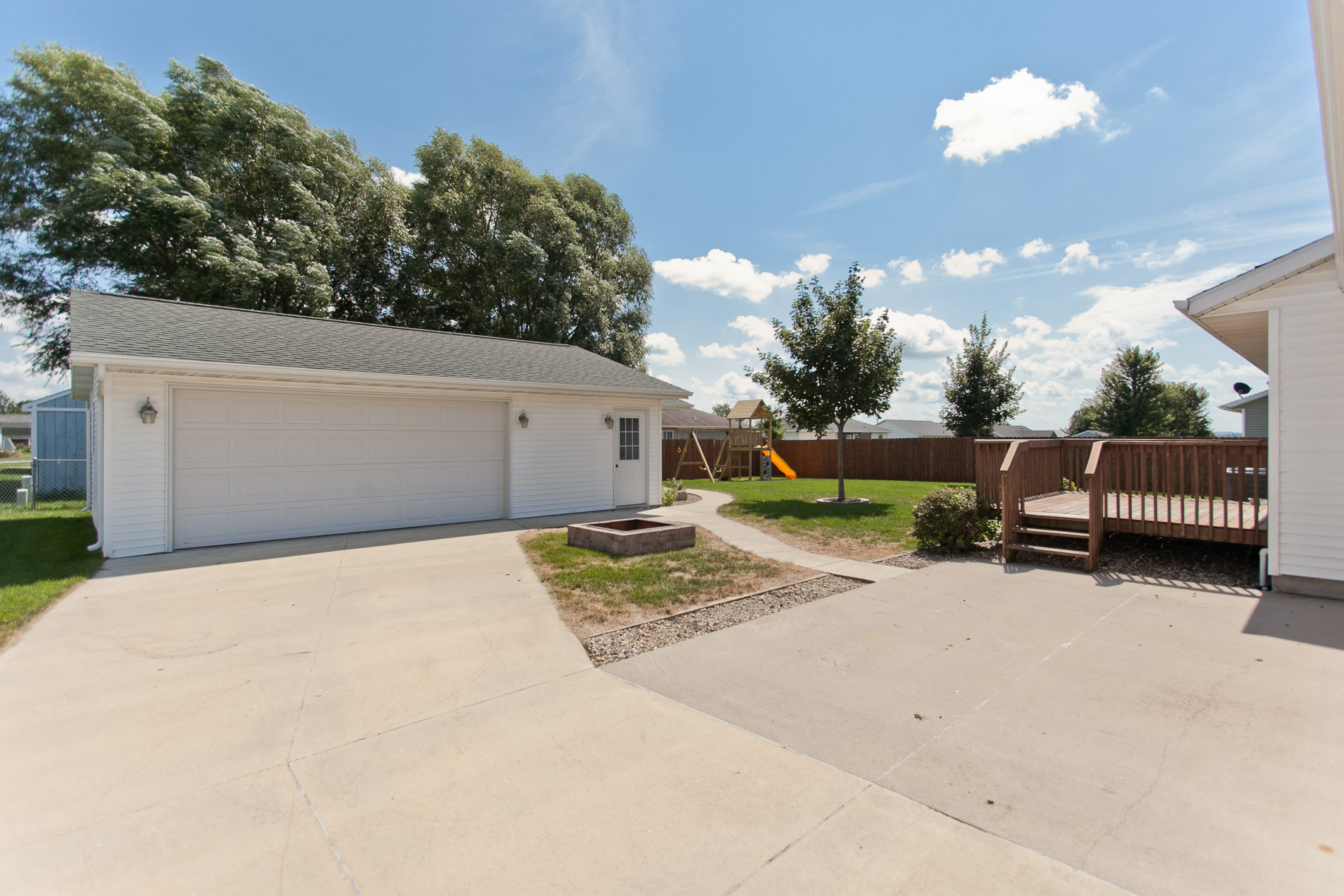Detached Garage at 406 Agape Avenue Urbana, Iowa 52345