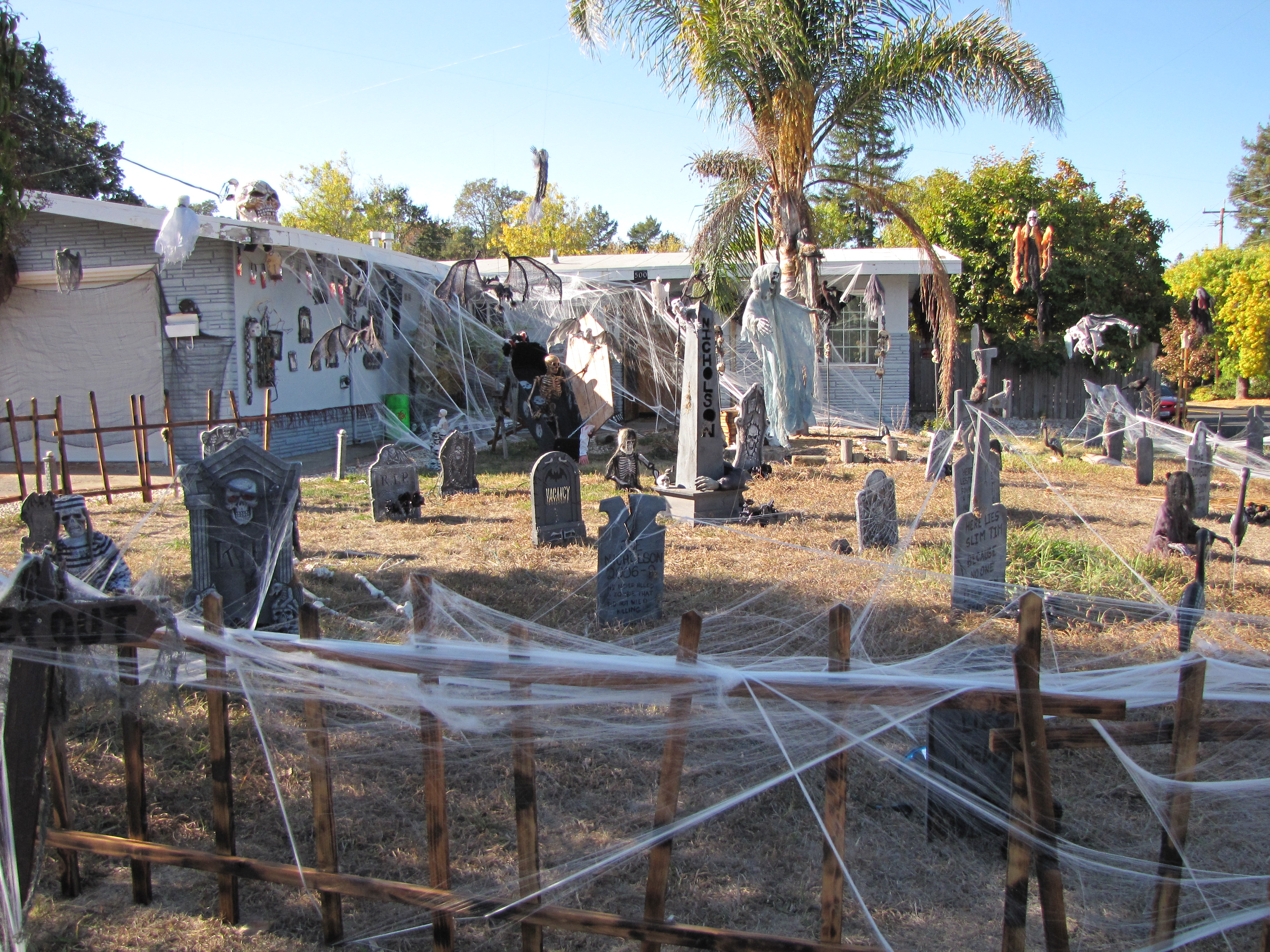 best decorated halloween houses in novato - Best Decorated Houses For Halloween