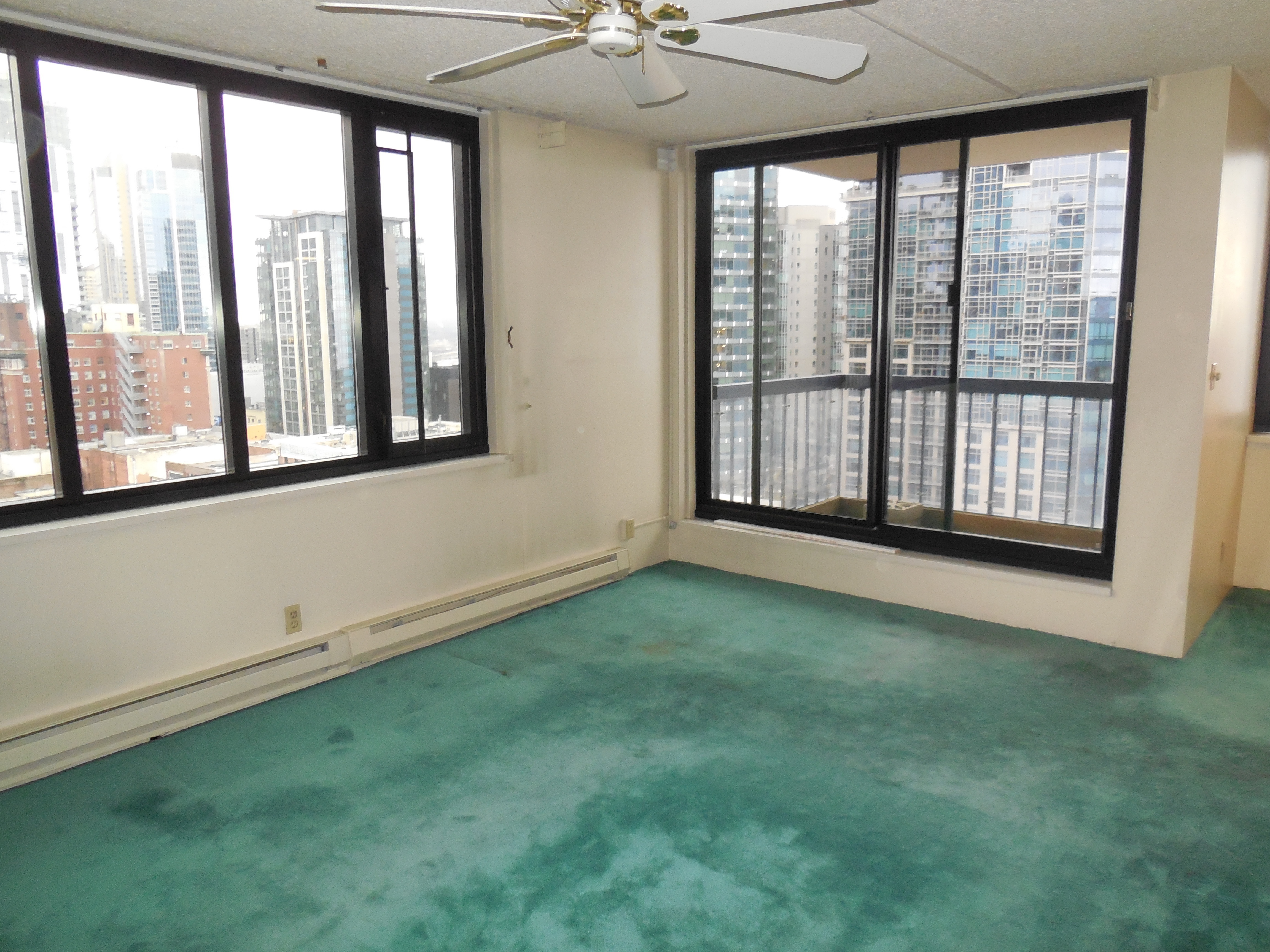 Downtown Seattle-Water Views for only $400,000
