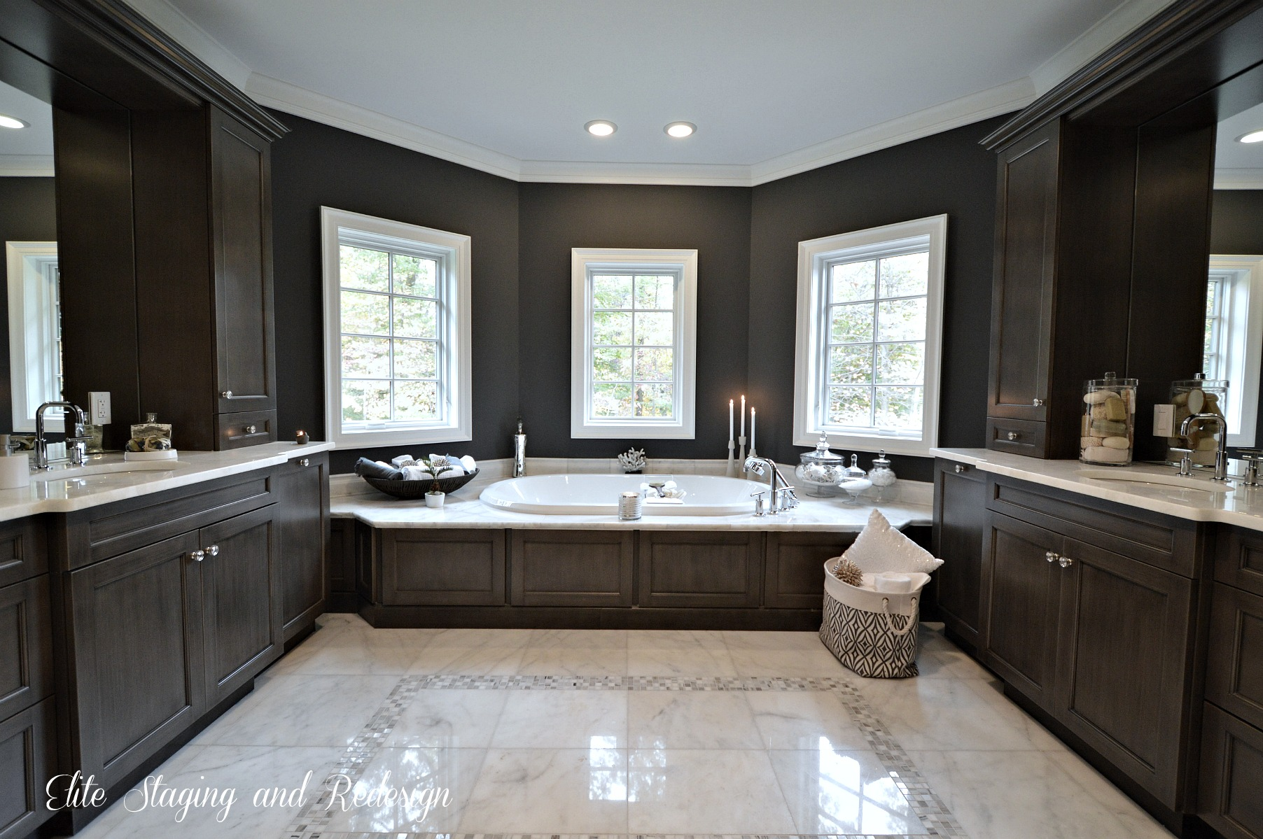Is virtual staging bait and switch for Master bathroom black