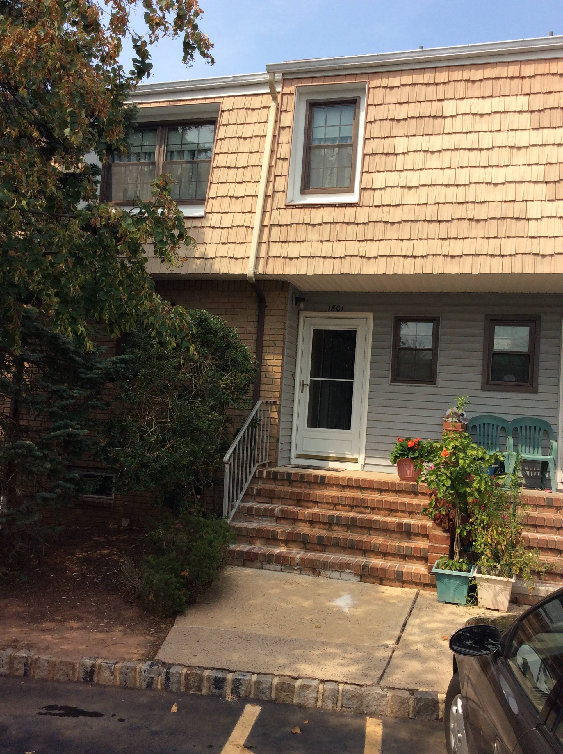 Hillsborough, NJ Two Bedroom End Unit Townhome