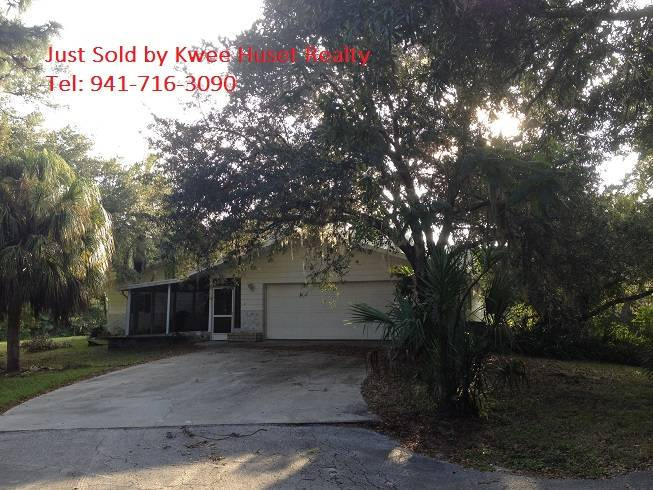Englewood FL Foreclosure Pool Home with Acreage Land fo