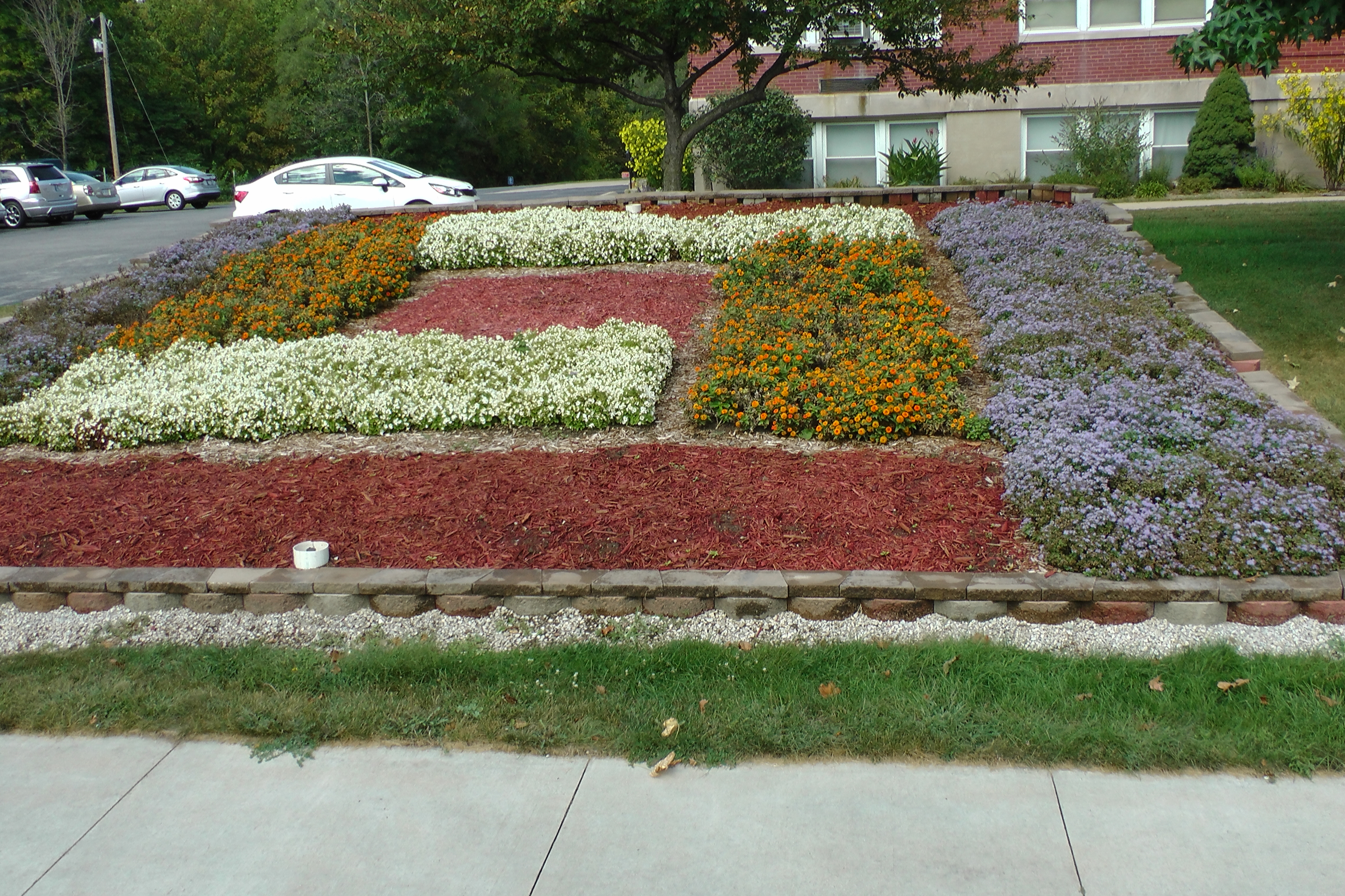 Indiana elkhart county bristol - The Quilt Gardens And The Fall Flower Carpets Share A Celebrate The Arts Theme The Carpets In Downtown Nappanee And Downtown Elkhart And Are Crafted With
