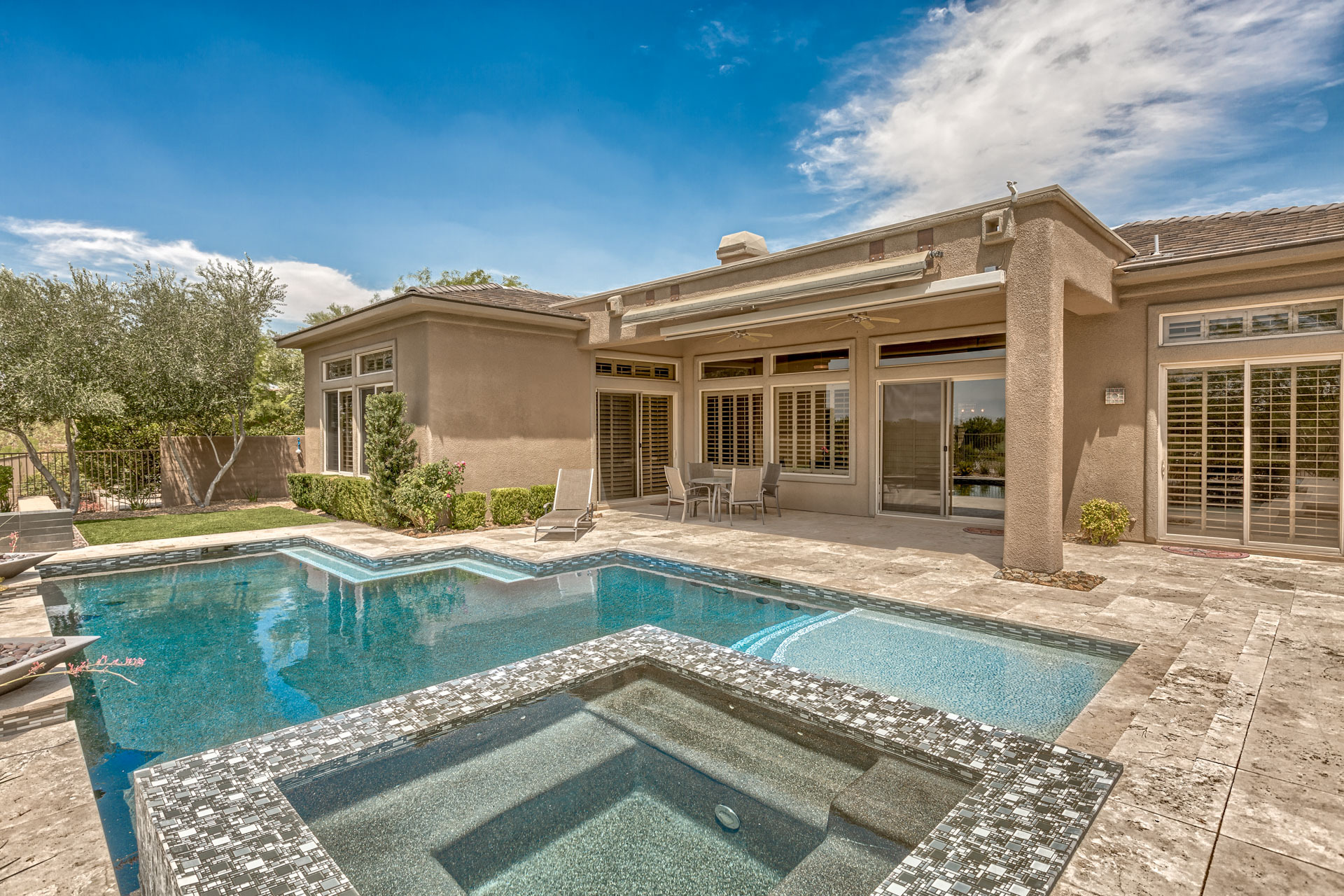 Contemporary Anthem Country Club Pool Home For Sale