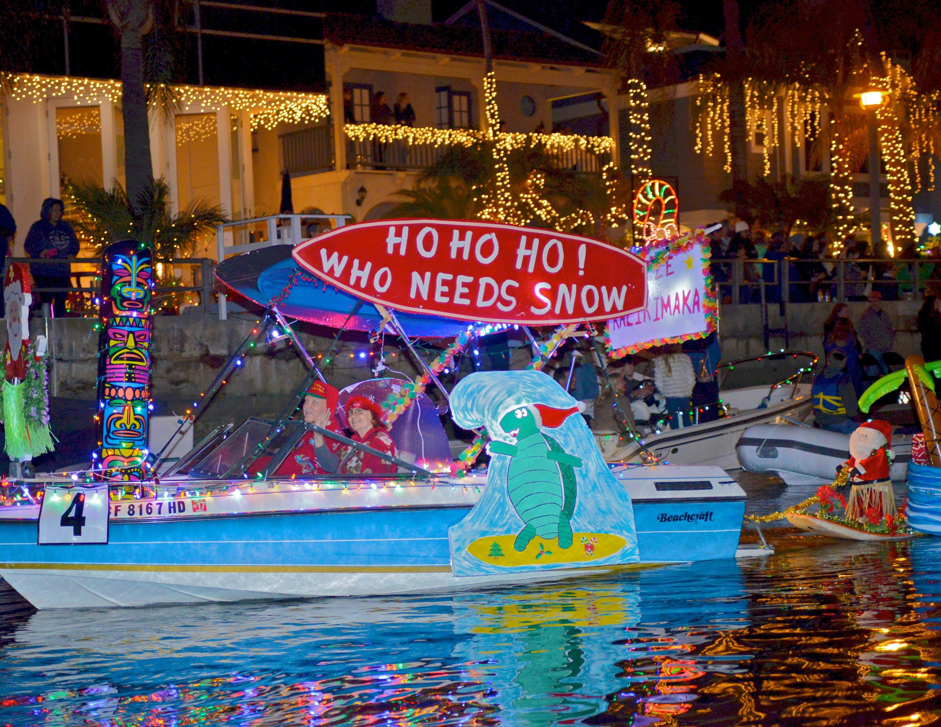 Island Christmas Theme.Naples Island Annual Holiday Boat Parade