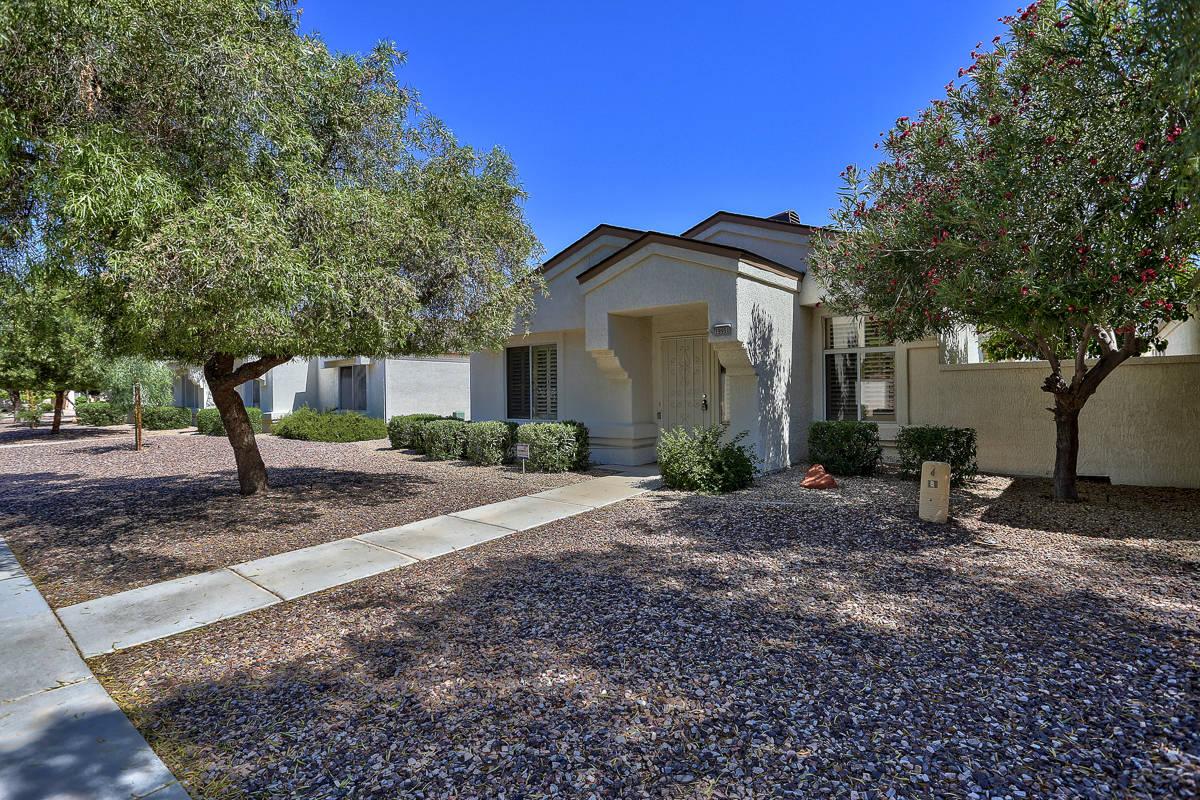 19951 N Greenview Drive, Sun City West, AZ 85375